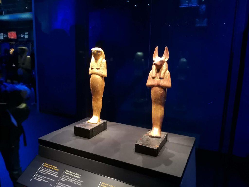 Statuettes Horus et Anubis expo Toutankhamon